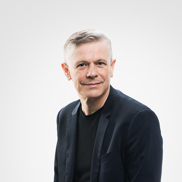 portret Krzysztofa Hamigi